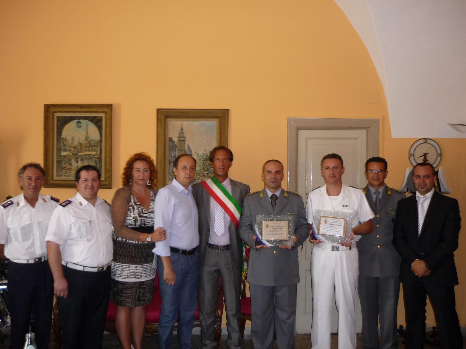 Giulianova (TE). I Comandanti: Micelli della Finanza e Barretta della Marina, lasciano Giulianova.