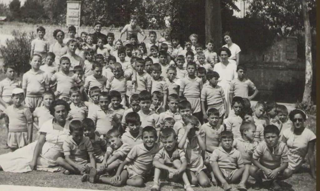 15 -  bambini abruzzesi al mare