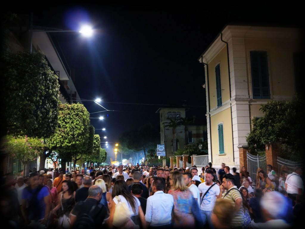 Foto Archivio . Notte Bianca Giulianova 2013
