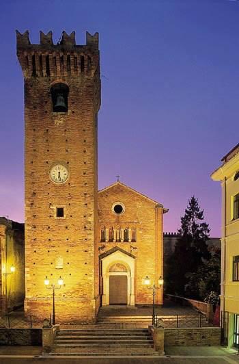 Torre Acquaviva Mosciano Sant'Angelo piazza capuani