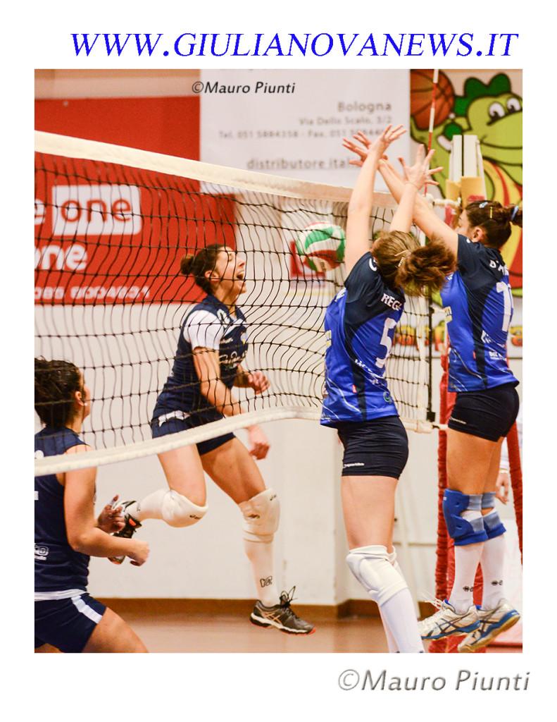 Inizia la preparazione della Pallavolo Giulianova al prossimo Campionato di Serie B2 Femminile 2018/19:  Ritrovo Giovedì 23 Agosto 2018 sulla sabbia del Lido Cesare.