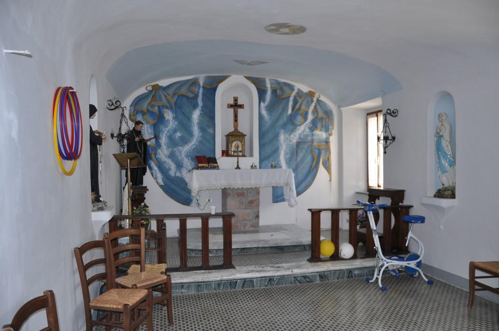 stanza di San Gabriele a Pieve Torina (MC) ora trasformata in palestra