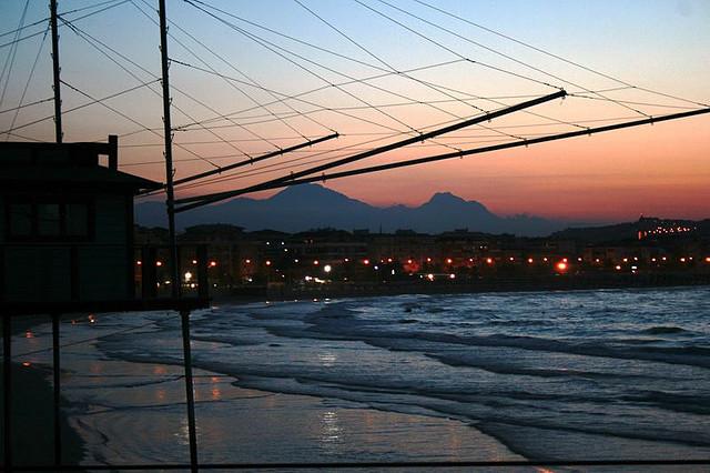 http://www.giulianovanews.it/wp-content/uploads/2015/02/c-DANIELA-QUIETI-LA-BELLA-ADDORMENTATA-FOTO-DI-DANIELA-QUIETI-bella-addormentata-vista-dal-mare.jpg