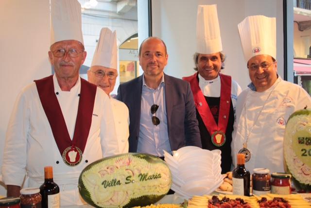 Le foto di Dario Raimondi Chef di Villa e Sindaco Finamore