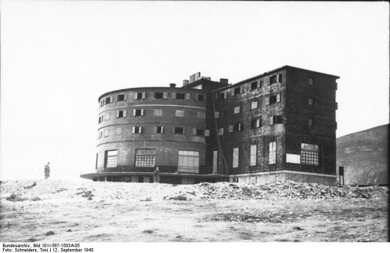 Gran Sasso, Hotel Campo Imperatore