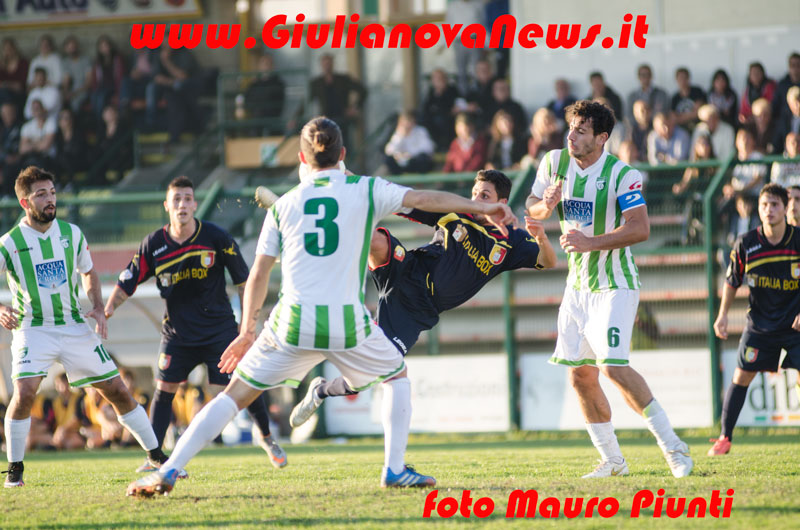 Giulianova. Giulianova-Avezzano 0-0 , foto di Mauro Piunti
