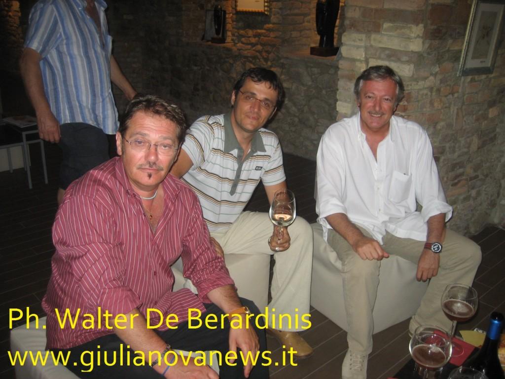 Foto di Walter De Berardinis. Da sx: Luciano Secone, Marco Di Martino e Paolo Di Mizio