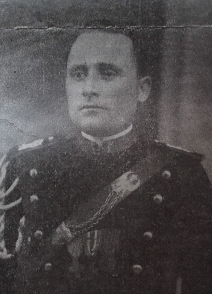 Paolemilio in alta uniforme