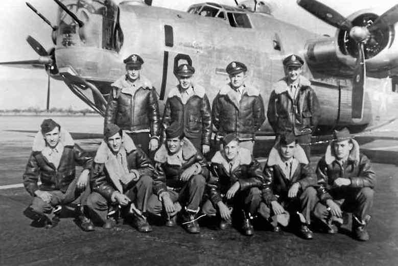 """""""L'ultimo morto della Seconda Guerra Mondiale"""" era abruzzese. Il Sergente Anthony """"Tony"""" Marchione, figlio di emigranti abruzzesi, fu l'ultimo caduto dell'esercito statunitense. Rimase ucciso , il 18 agosto 1945, mentre sorvolava Tokio."""