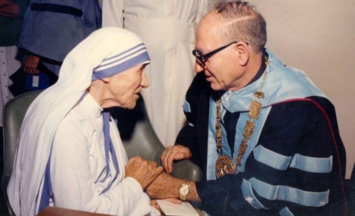 Padre Tosello con Madre Teresa