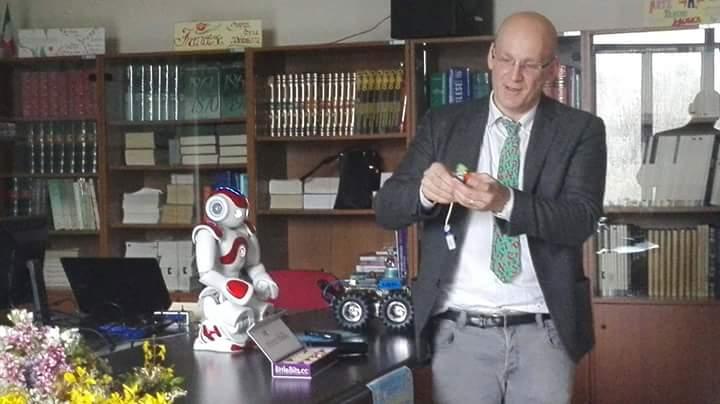 Giulianova. Successo per il convegno di Robotica Educativa c/o Liceo Curie