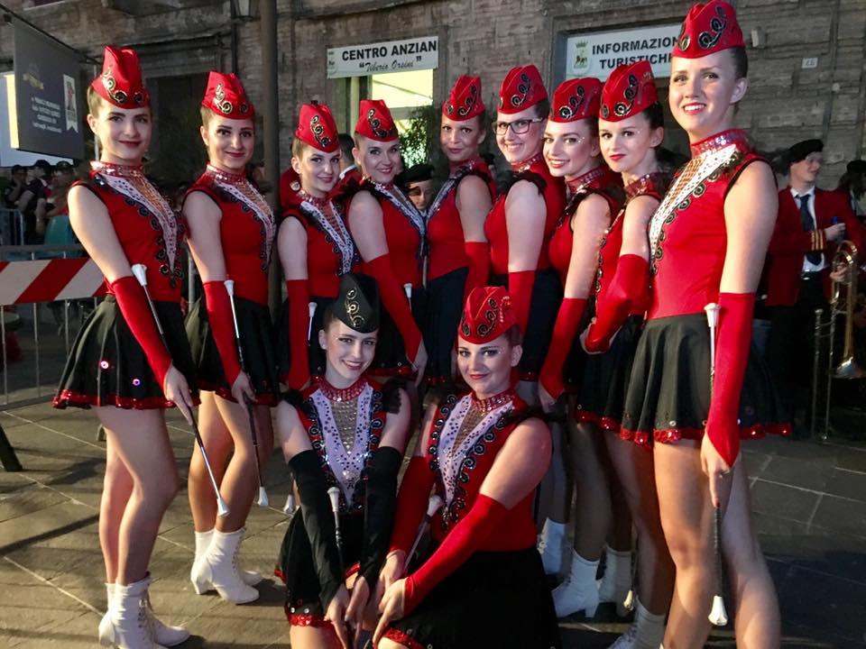 Majorettes & Festival