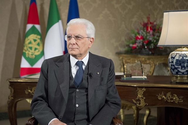 Abruzzo. L'Osservatorio Indipendente sull'Acqua del Gran Sasso  consegna una lettera per il Presidente della Repubblica al Prefetto di Teramo