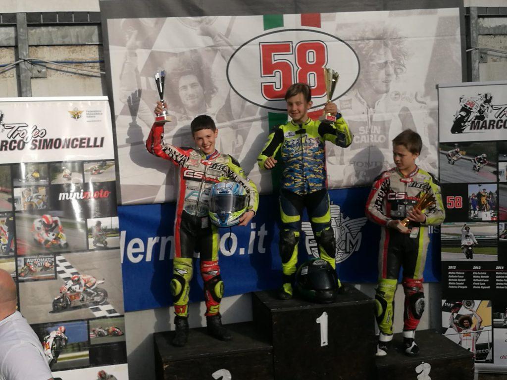Ferrara. Moto: il giovane giuliese Emanuele Andrenacci si piazza al secondo posto alla prima prova di campionato