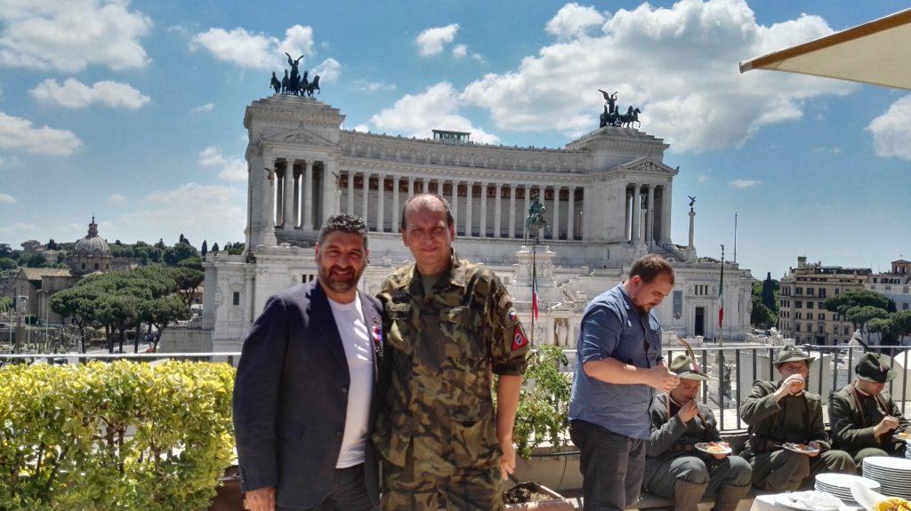 Roma. Walter De Berardinis insignito della prestigiosa Croce di Bronzo – III grado – della Legione Cecoslovacca