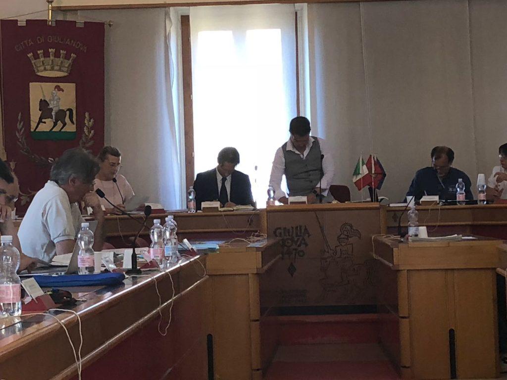 Giulianova. Approvata in Consiglio Comunale l'adozione della Nuova Carta dei Diritti della Bambina