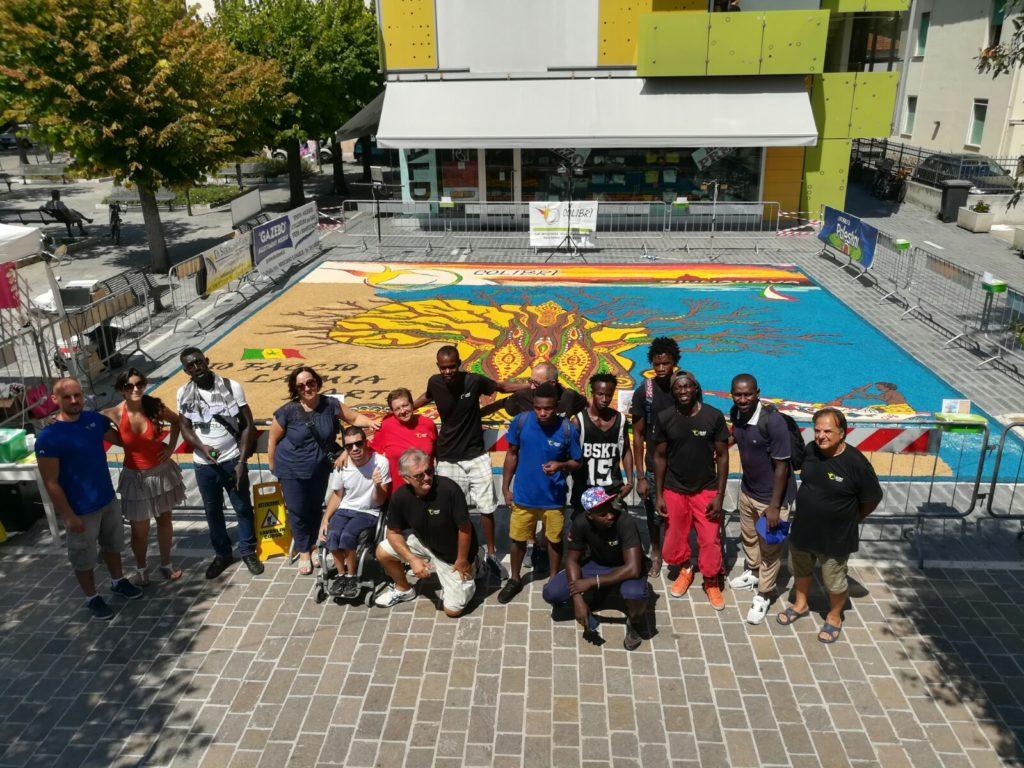 Grande successo in ambito umano e di partecipazione per l'Infiorata del Colibrì a Giulianova