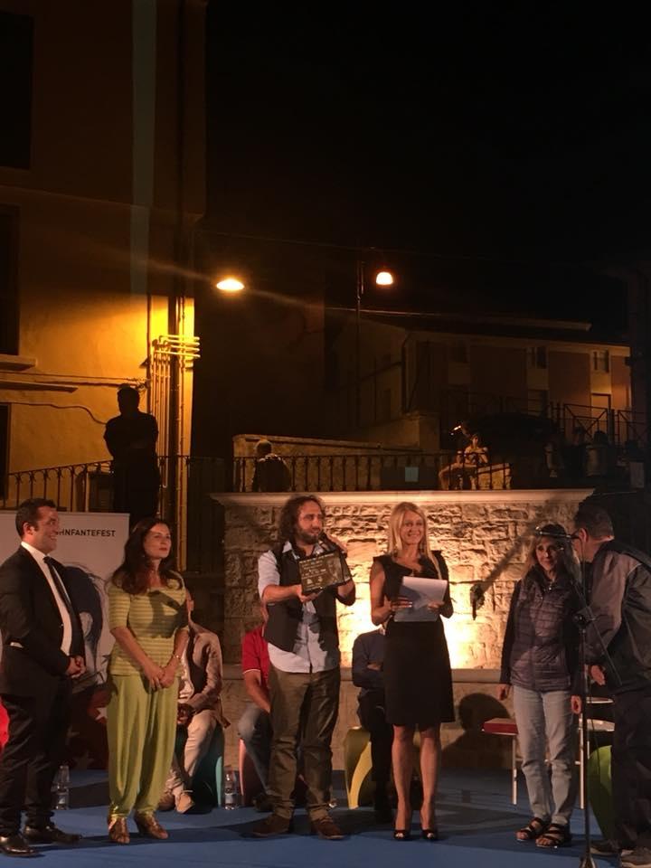 """L'AUTORE PEPPE MILLANTAcon il suo romanzo""""Vinpeel degli orizzonti"""" vinceil Premio John Fante Opera Prima 2018"""