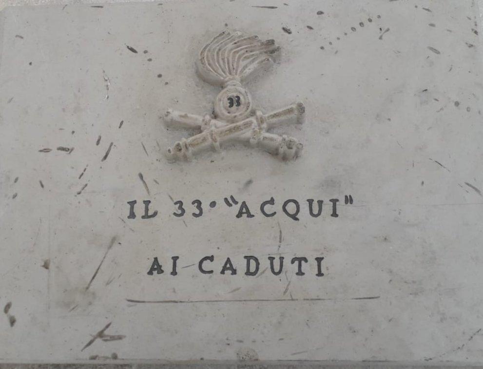 """Al Sacrario Nazionale Mauriziano di Pescocostanzo, una targa ricorda i caduti del 33° Reggimento artiglieria """"Acqui"""""""