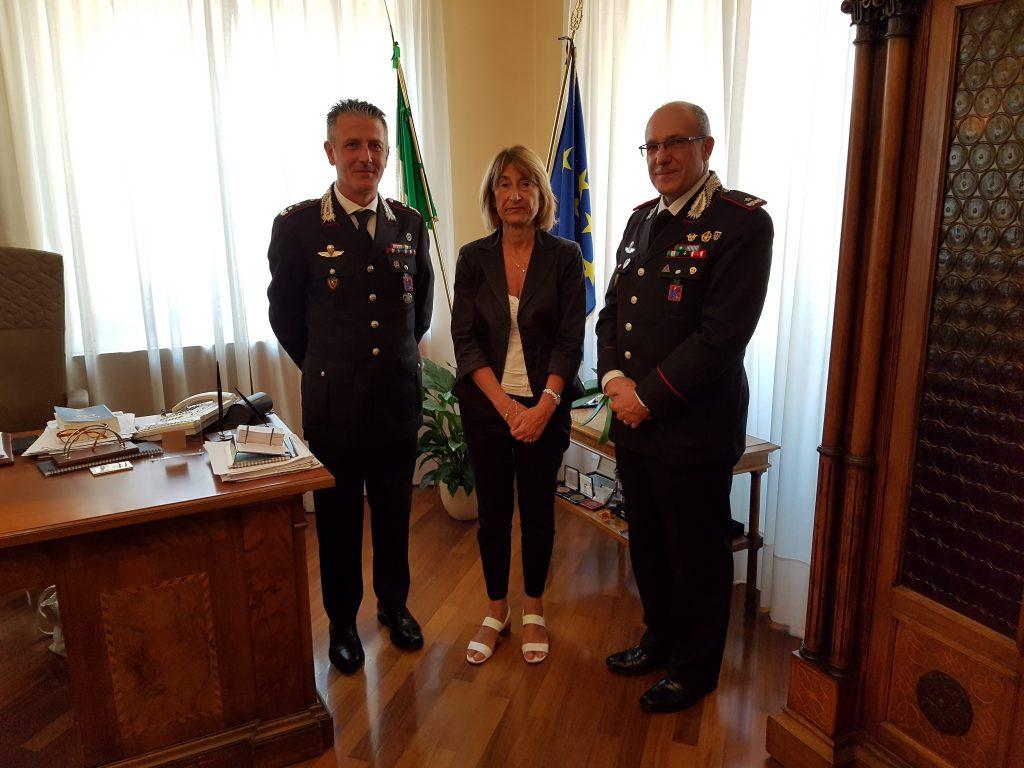 Teramo. Il Comandante della Legione Carabinieri Abruzzo e Molise Generale B. Carlo Cerrina, ha fatto visita al Prefetto di Teramo Graziella Patrizi
