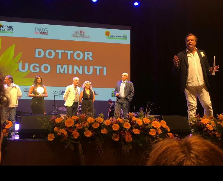"""Il Dottor Ugo Minuti, Cardiochirurgo della Asl di Teramo è stato tra i protagonisti dello Show organizzato dal """"Premio Beatrice"""" di Verona."""