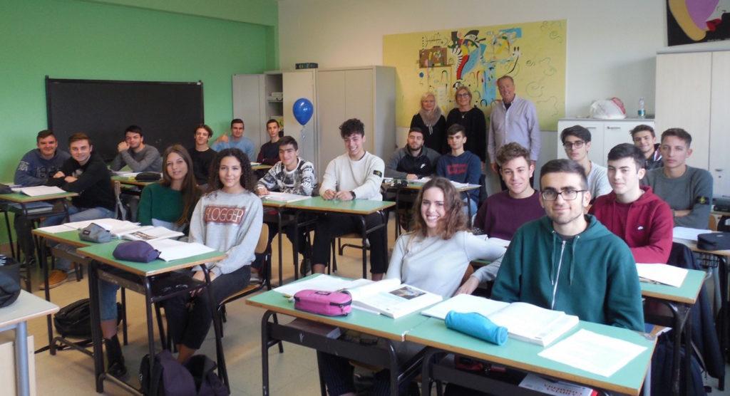 """Giulianova. Il Liceo """"Curie"""" dove escono i futuri geni"""