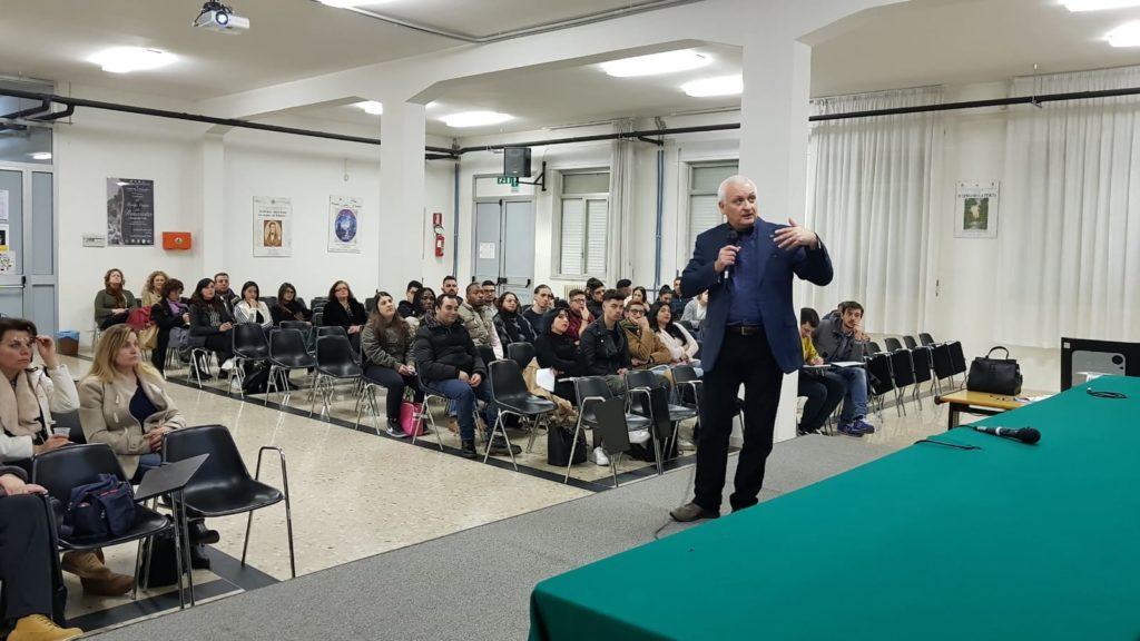 Pescara. Marco Patricelli incontra gli studenti del corso serale dell'Aterno-Manthonè