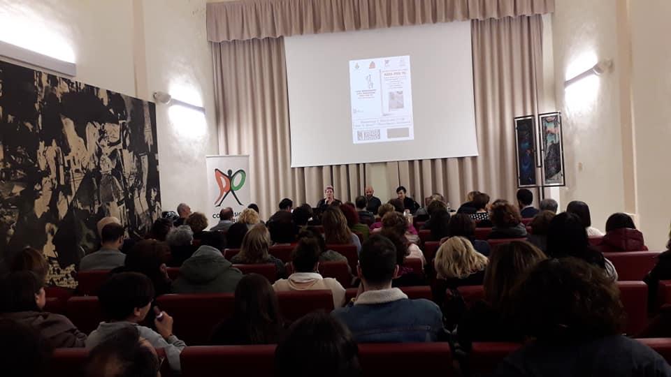 """Giulianova. Sala Buozzi gremita per la presentazione del libro """"Nata per te""""  Luca Trapanese emoziona Giulianova"""