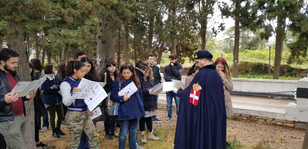 Giulianova. Una lezione di Storia Patria tra le tombe dei giuliesi caduti nella 1° e 2°