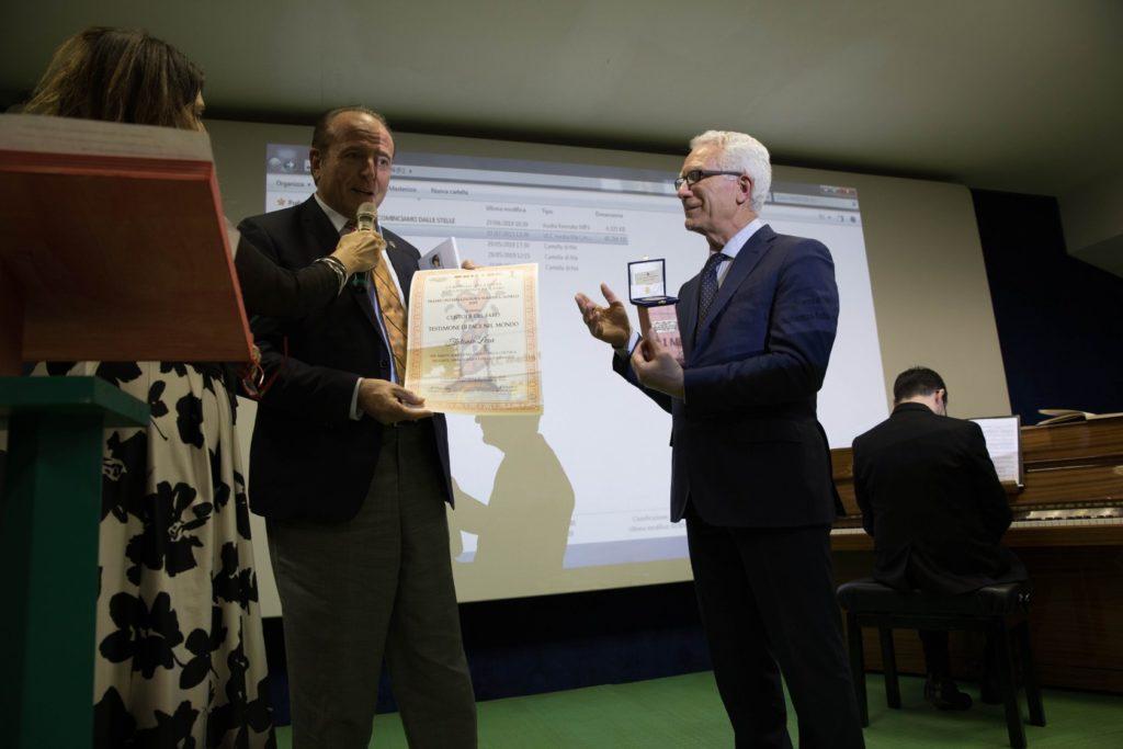 Giulianova. Antonio Lera insignito del Premio Internazionale Susanna Agnelli Diploma e Medaglia d'Argento Custode del Faro – Testimone di Pace nel Mondo