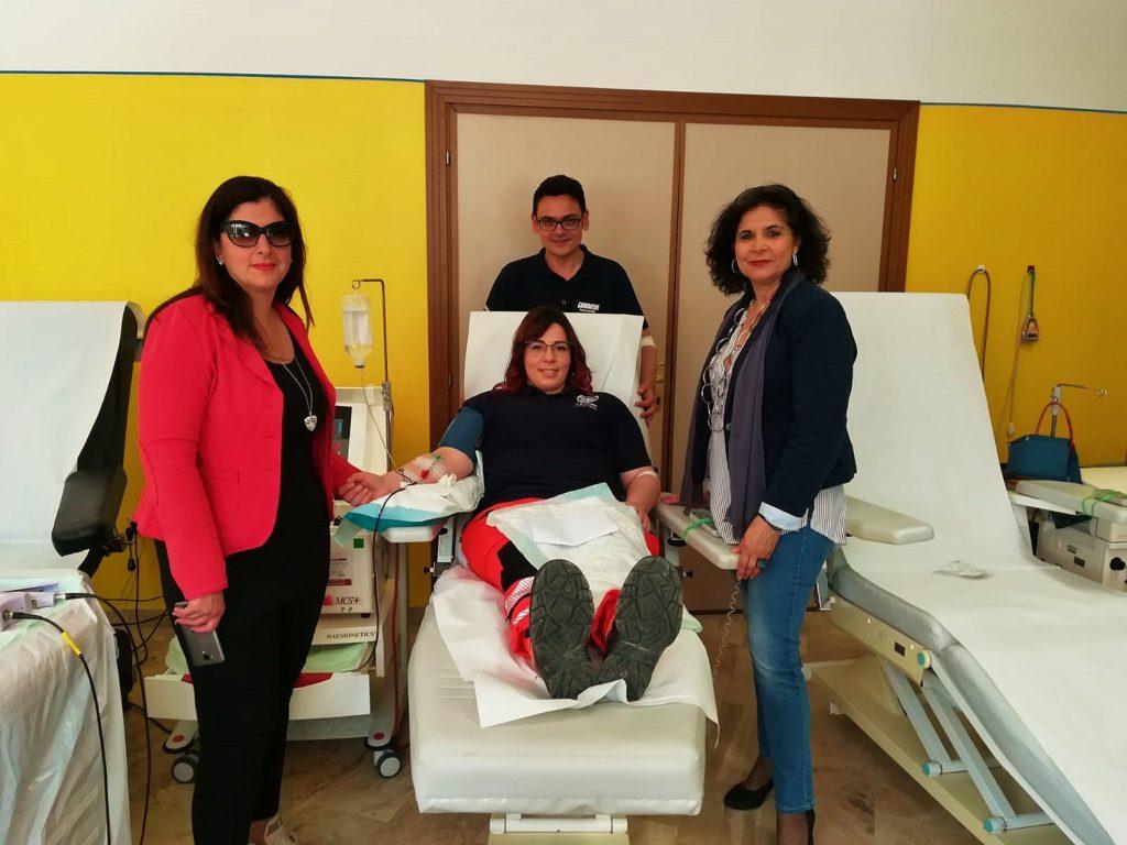 Teramo. LA DIVISA TI DONA    Volontari della Croce Bianca e della Croce Rossa rinnovano l'appuntamento con la donazione del sangue