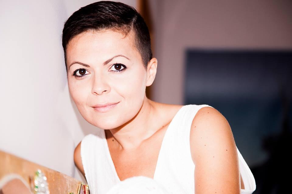 """Alessandra Angelucci a Roseto con la """"Pazienza dei melograni"""""""