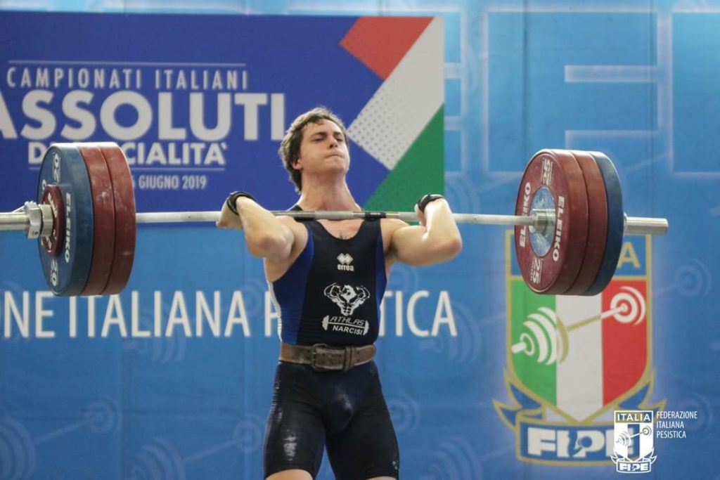 Giulianova. Roel Narcisi ai vertici dei campionati italiani assoluti di specialità di pesistica olimpica.