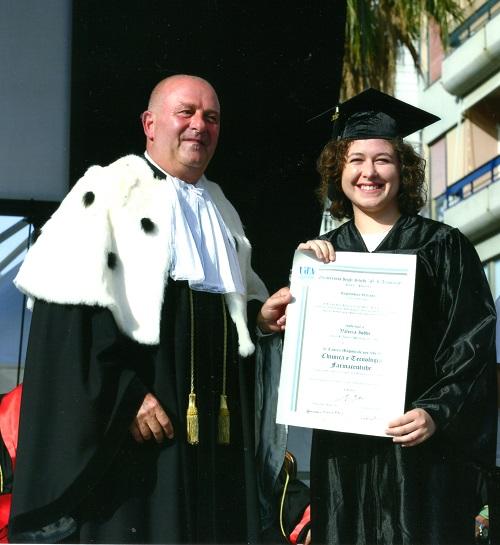 Pescara. Gli auguri della nostra redazione alla neo dottoressa Valeria Iobbi.