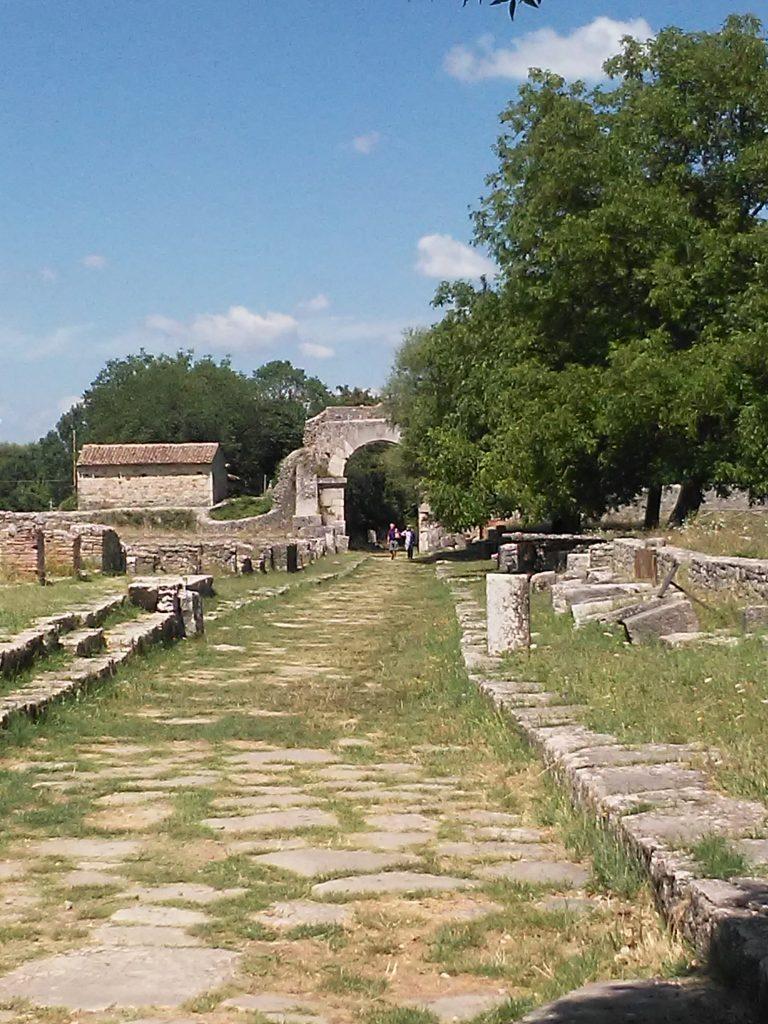Archeologia e storia in Abruzzo e Molise, di Nicola F. Pomponio