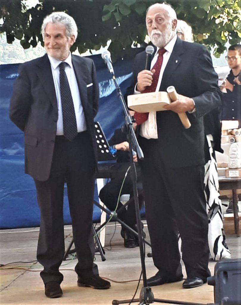 L'Aquila. Due riconoscimenti al collega Goffredo Palmerini.