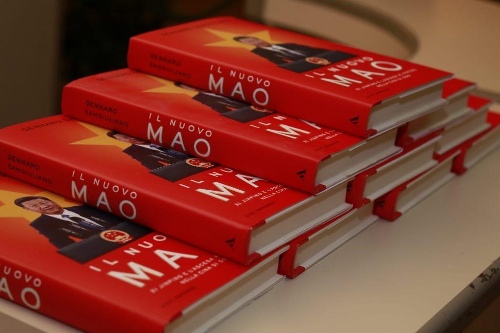 """L'Aquila. """"Il nuovo Mao, Xi Jinping e l'ascesa al potere nella Cina di oggi"""", l'ultimo lavoro di Sangiuliano"""