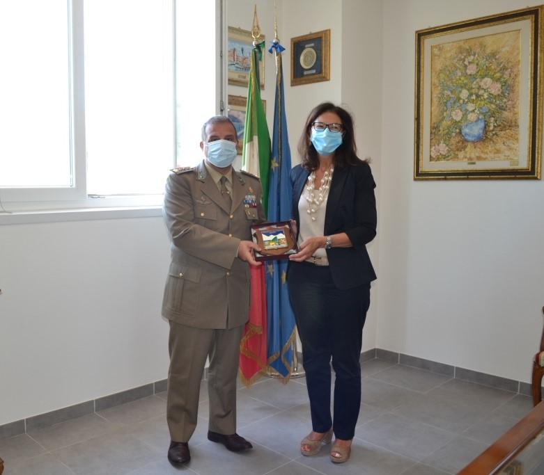 """Visita ufficiale del Prefetto di L'Aquila al Comando Militare Esercito """"Abruzzo Molise"""""""