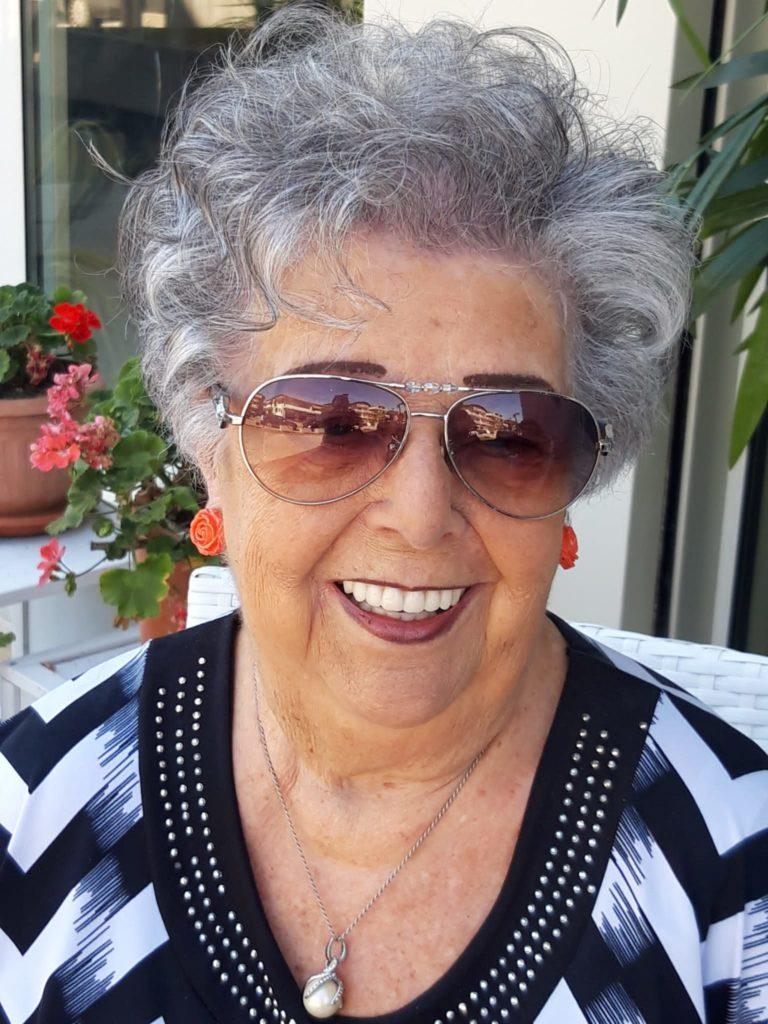 """Giulianova. La poetessa abruzzese Giuliana Sanvitale conquista il 1° posto a Lecce con l'opera edita """"Più in là l'approdo"""""""