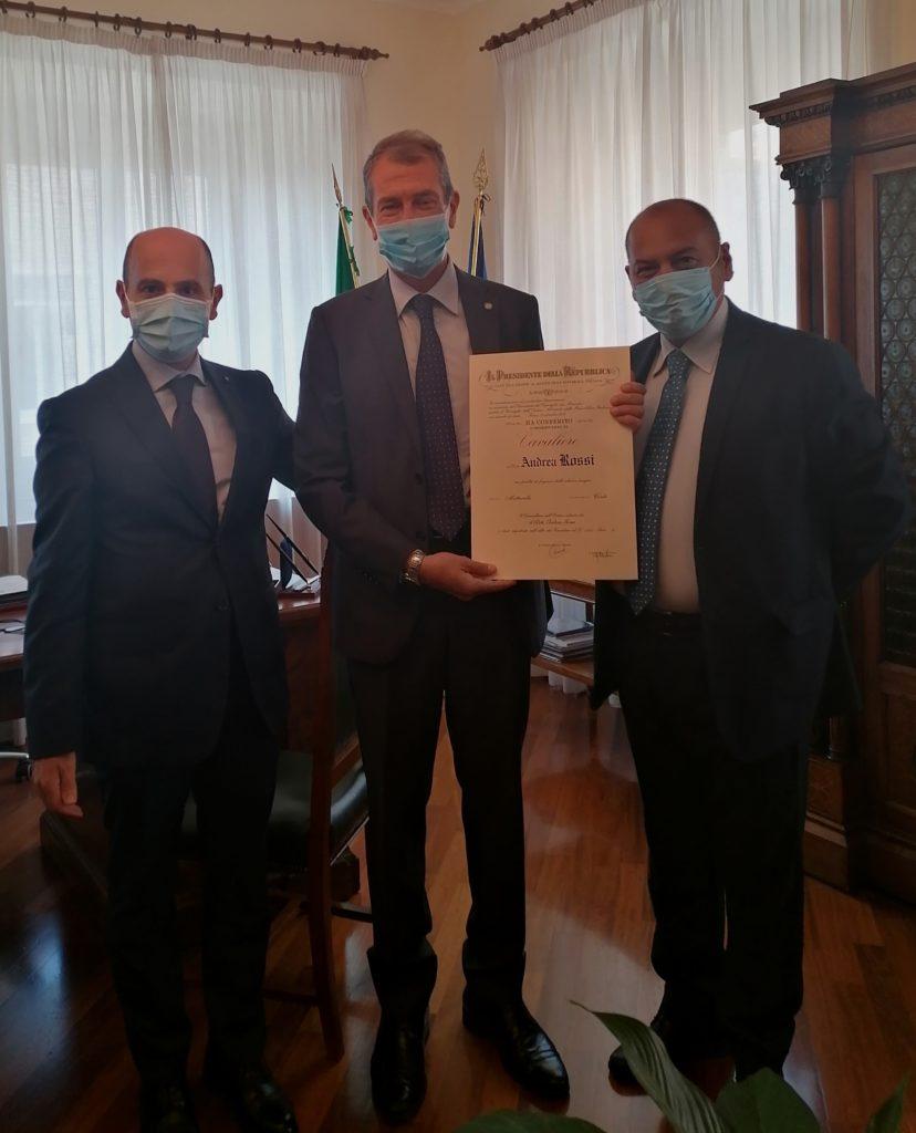 Prefettura. Consegna onorificenza O.M.R.I. all'ex Vicario del Questore, Andrea Rossi