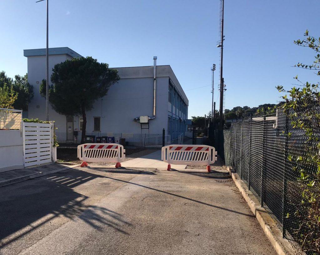 """Giulianova. Ultimati gli interventi di rifacimento sulla pavimentazione del secondo accesso alla scuola """"Don Milani"""""""