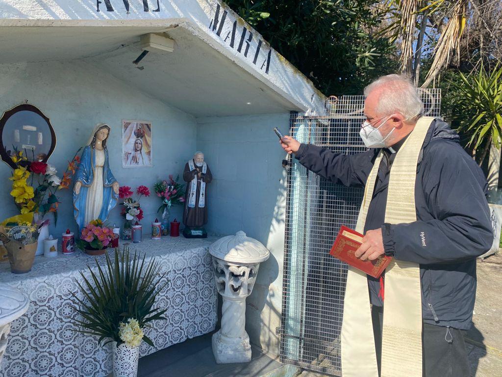 Questa mattina benedizione della nuova statua di San Pio