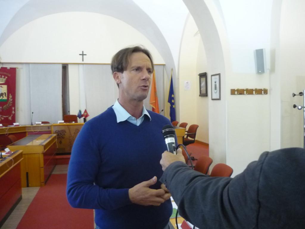 conferenza stampa Caleidoscopio sindaco Mastromauro