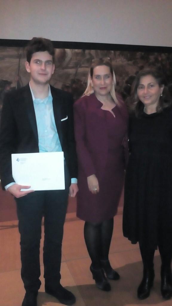 Andrea-Cipriettiprofessoressa-Claudia-Calvarese-e-la-dottoressa-Claudia-Segre-