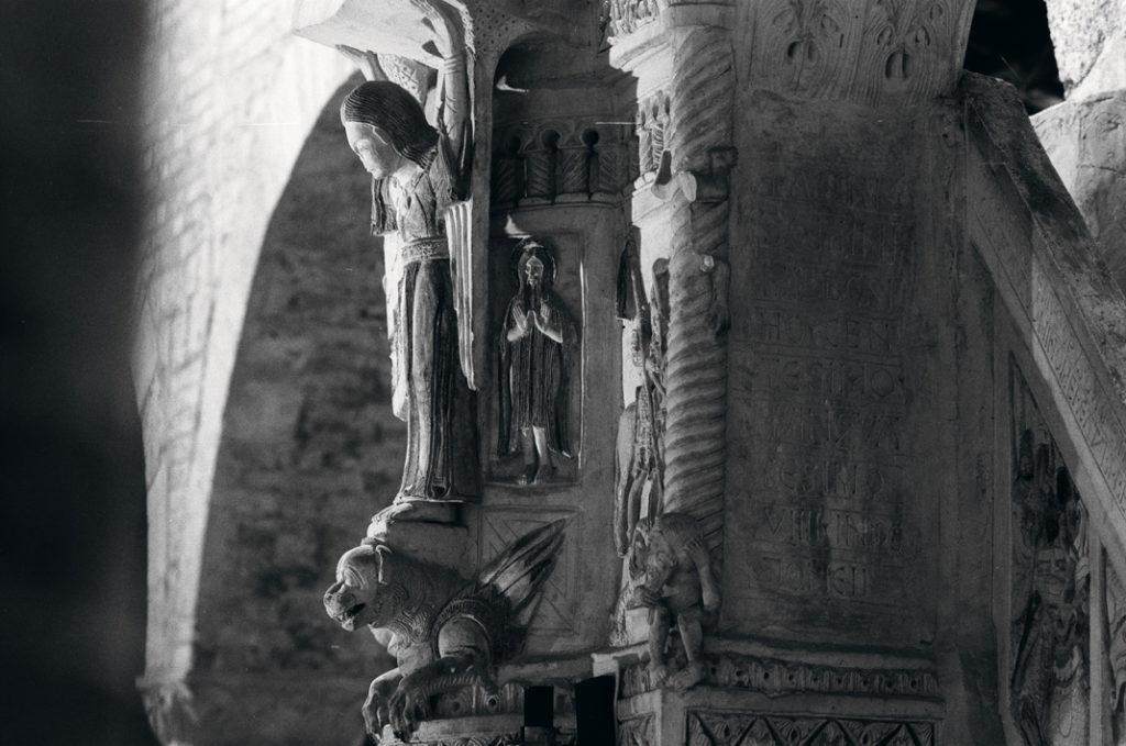 L'ABRUZZO CHE AFFASCINA E INTRIGA, IN UN MAGNIFICO LIBRO. Luoghi, visioni e transiti di luce nelle immagini di Nicola Giuseppe Smerilli