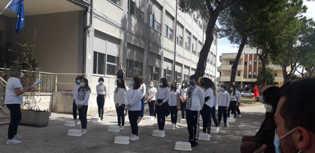 Inaugurato il nuovo percorso ginnico della scuola media Bindi dedicato alla professoressa Santina Di Domenico