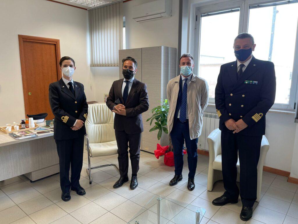 Il direttore marittimo dell'Abruzzo Salvatore Minervino in visita alla Capitaneria di Porto di Giulianova
