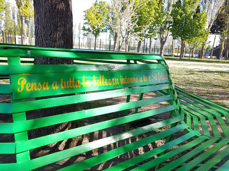 Novità al Parco dell'Annunziata: terminata la panchina, donato un nuovo albero e giornata ecologica domenica 9 maggio