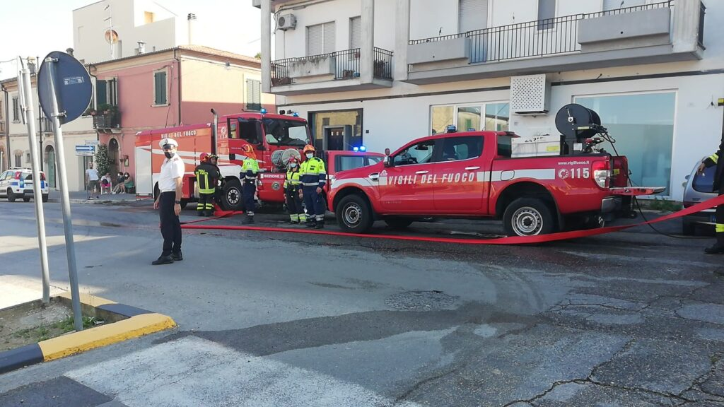 Giulianova. Incendio di via Marzabotto Il sindaco Costantini firma la revoca parziale dell'ordinanza