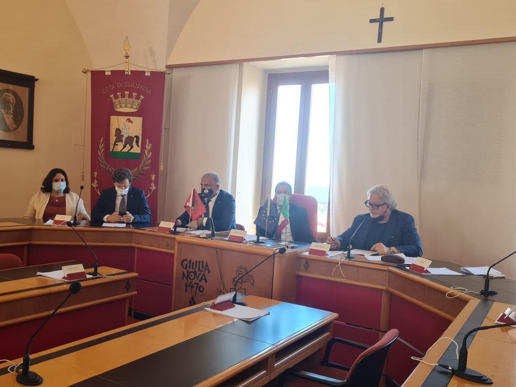 """Presentati i nuovi servizi e reparti dell'ospedale di Giulianova Il sindaco Costantini: """"E' una svolta per la città dopo anni di tagli"""""""
